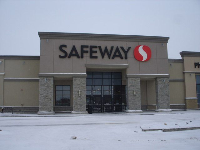 Safeway Store - Saddleridge
